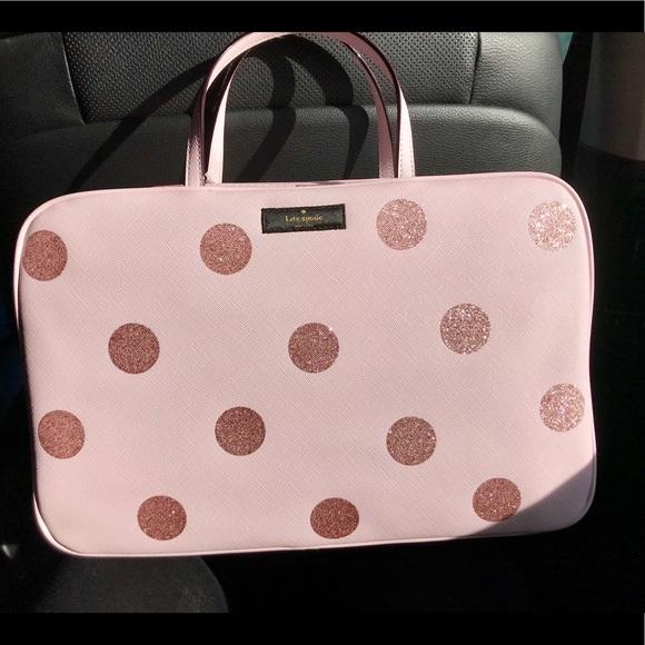 b4c5e2a8b73f Kate Spade 💕 Make Up travel bag